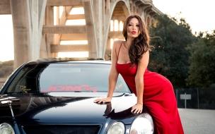 Melyssa Grace y auto