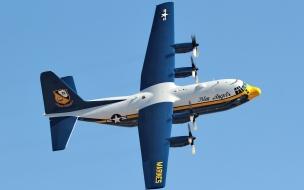 Avión C130 de los marines