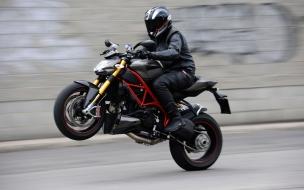 Caballito en Ducati