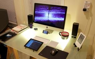 Escritorio con iMac