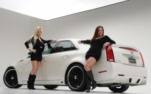 Chicas y Cadillac