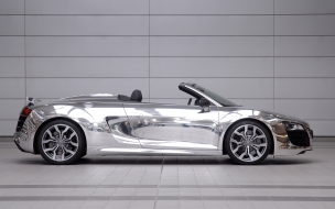 Audi R8 V10 Spyder cromado