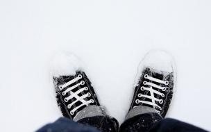 Zapatillas Converse en la nieve
