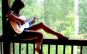 Chica y guitarra