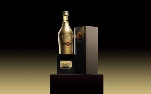 Un Martini Dorado Gold