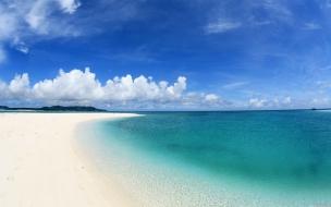 Hermoso mar azul