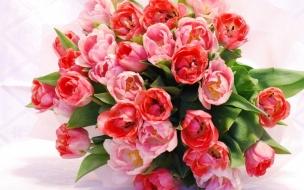 Adorno con flores