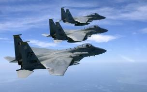 Tres aviones F15