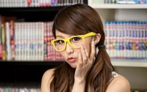 Chicas asiáticas con lentes