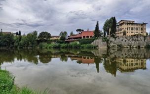 Lungarno, vista de Girone