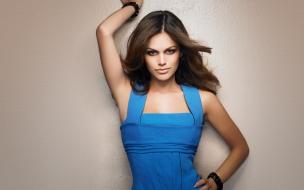 Rachel Bilson hermosa