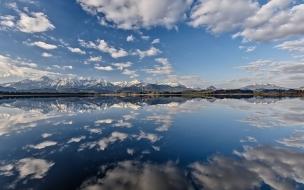 Reflejos en los lagos