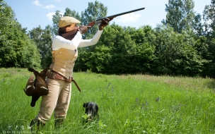 Chicas de cacería con escopeta