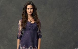 Odette Annable 2013