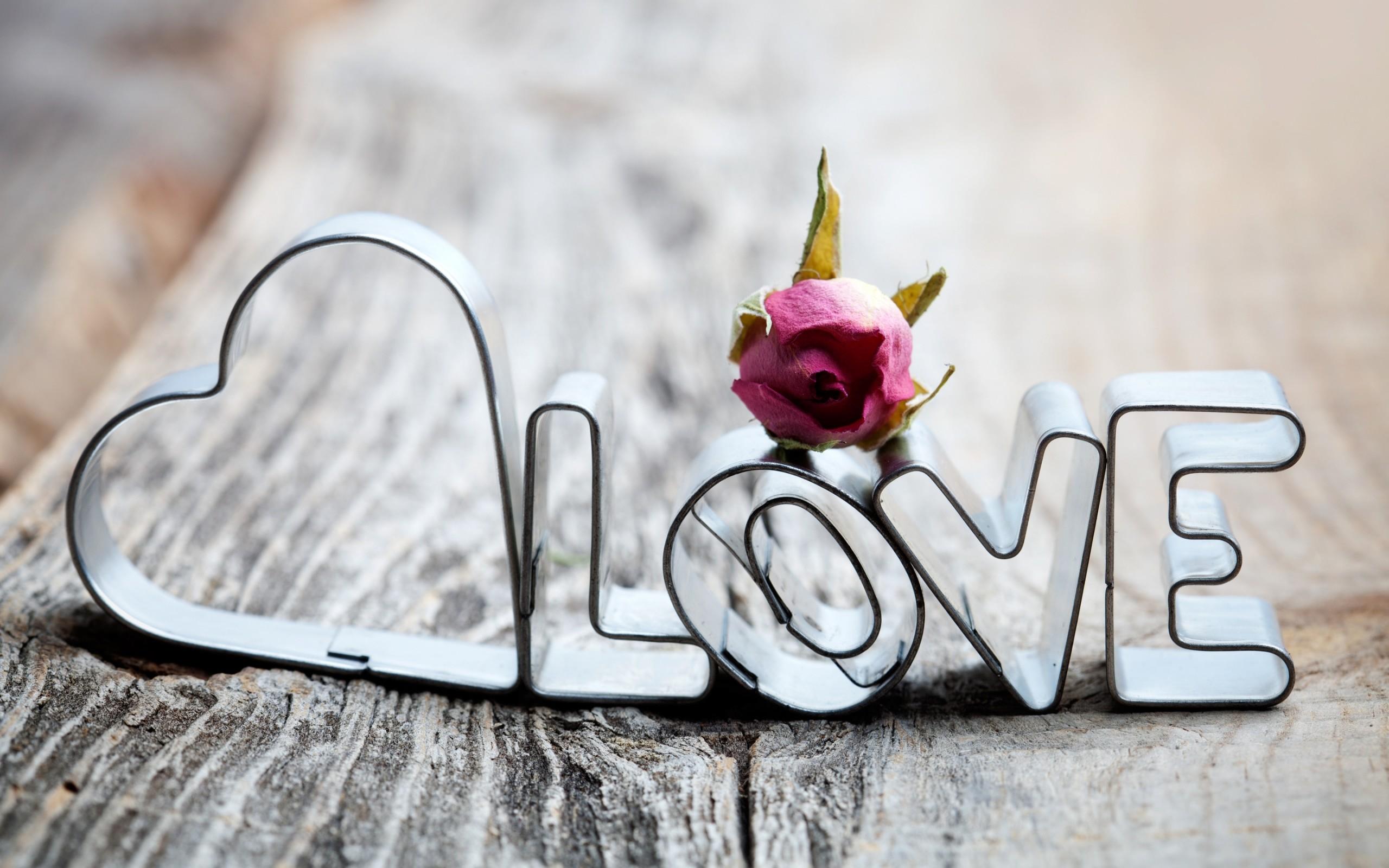 Adornos con la palabra amor - 2560x1600