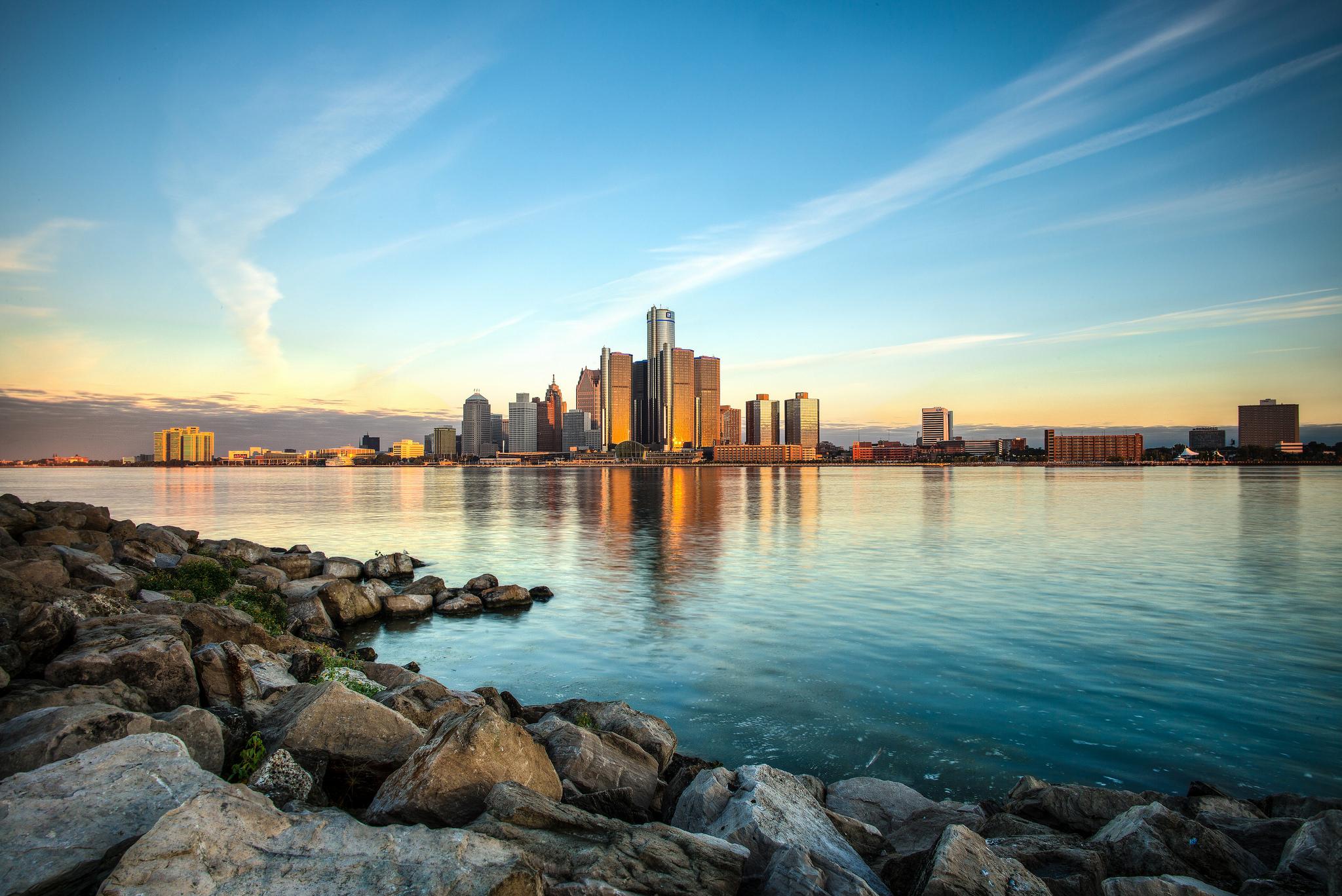 Amanecer en Detroit - 2048x1368