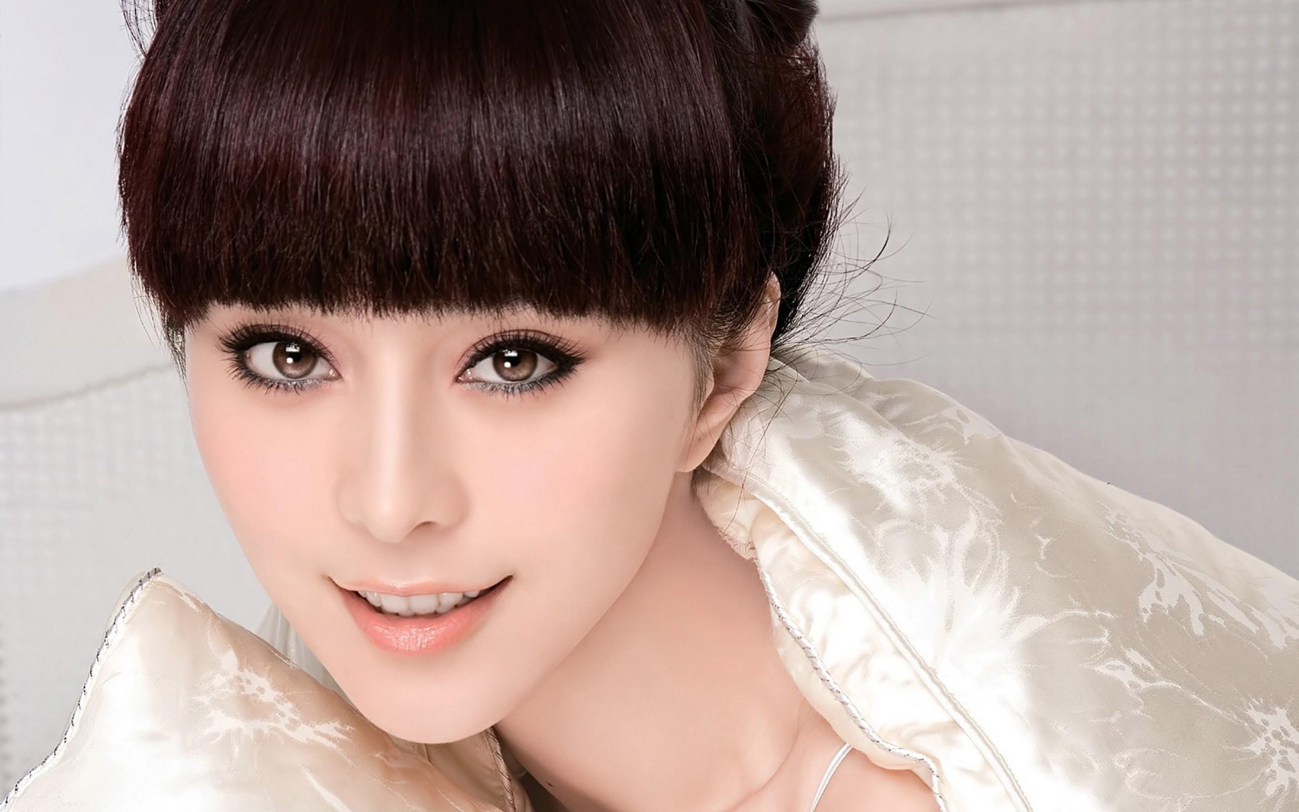Asiática de Bingbing - 2560x1600