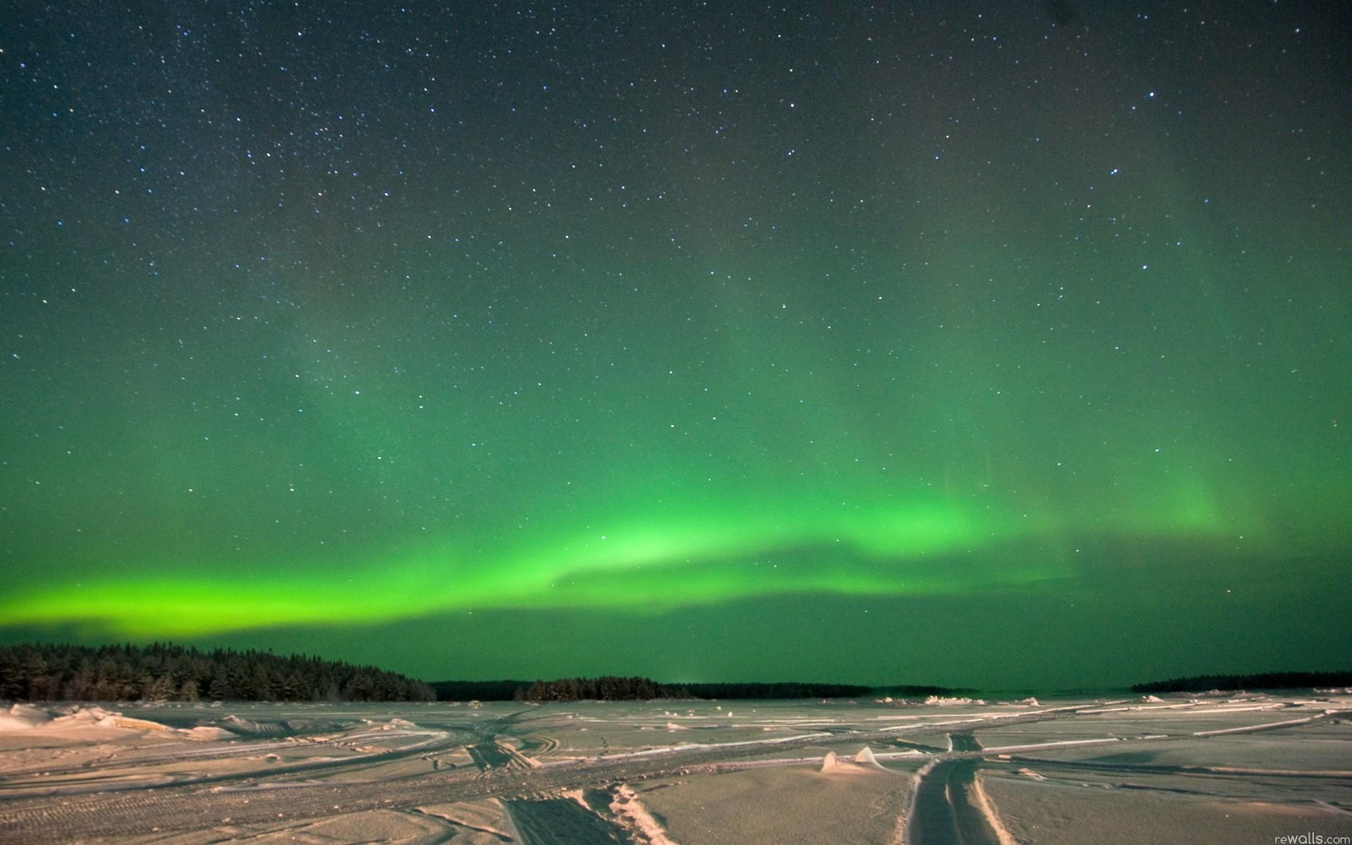 Auroras boreales verdes - 1920x1200