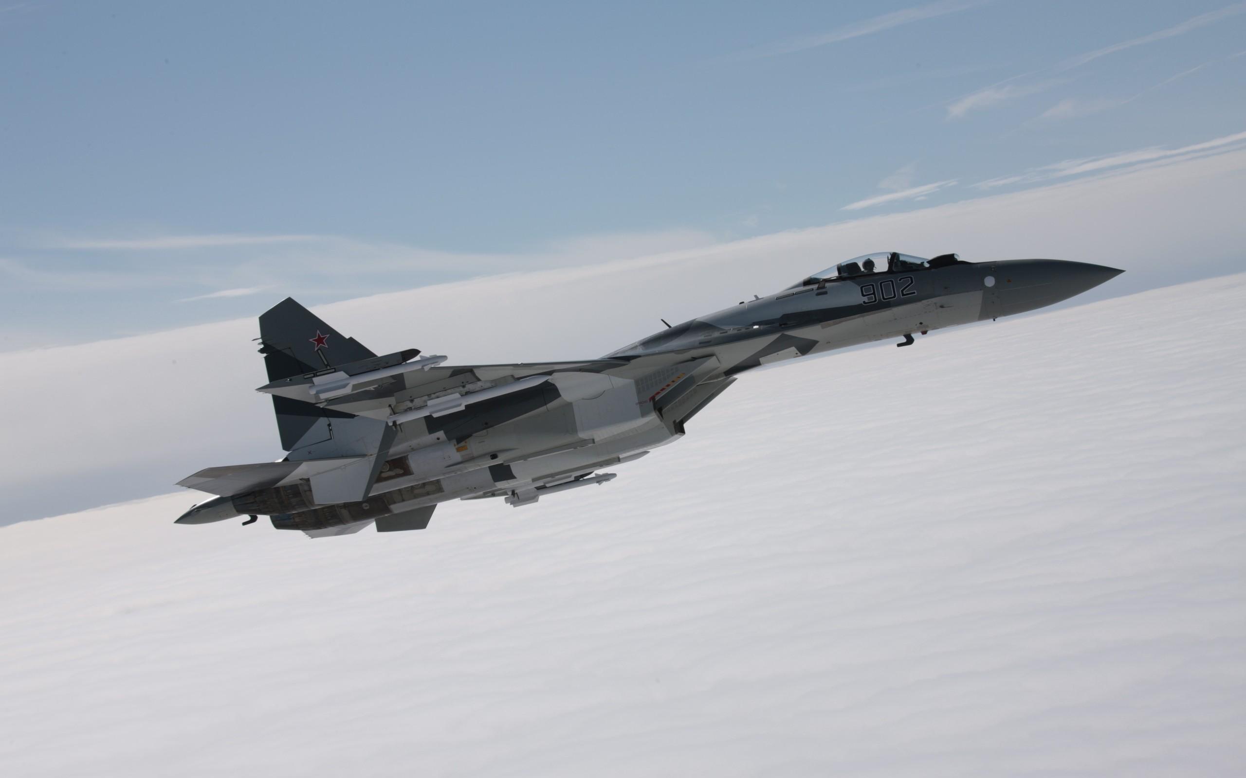 Aviones de guerra volando - 2560x1600
