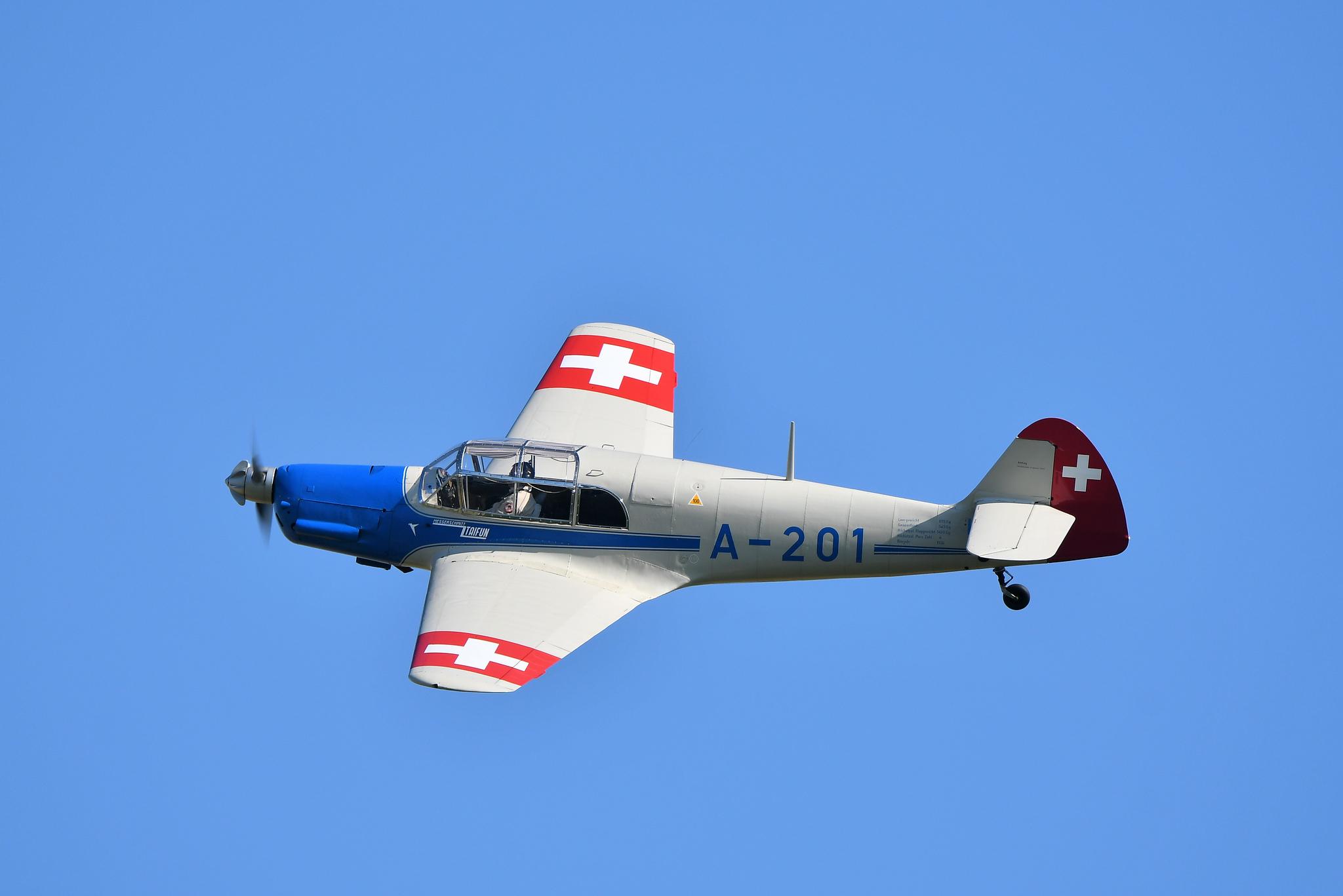 Avioneta BF-108 Taifun - 2048x1367
