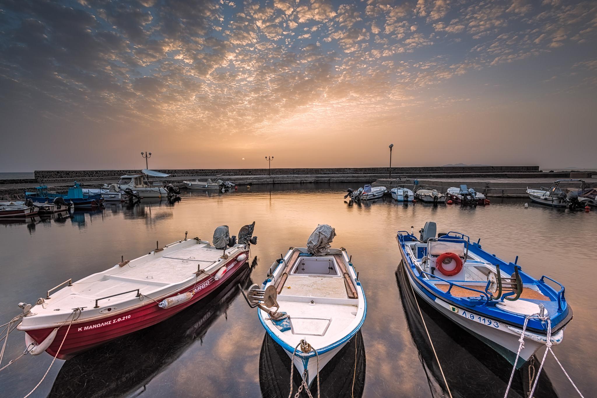 Botes la orilla - 2048x1367