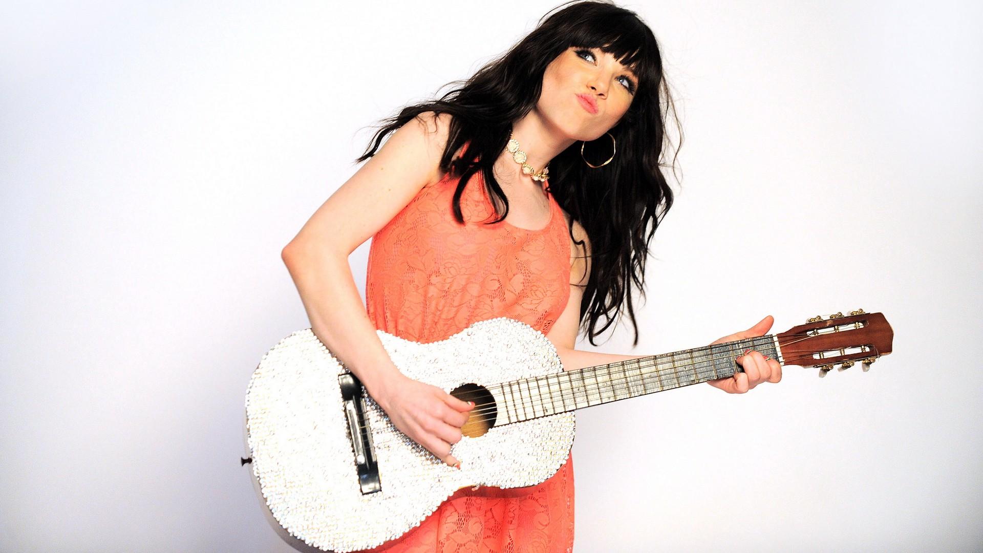 Cantantes con guitarras - 1920x1080