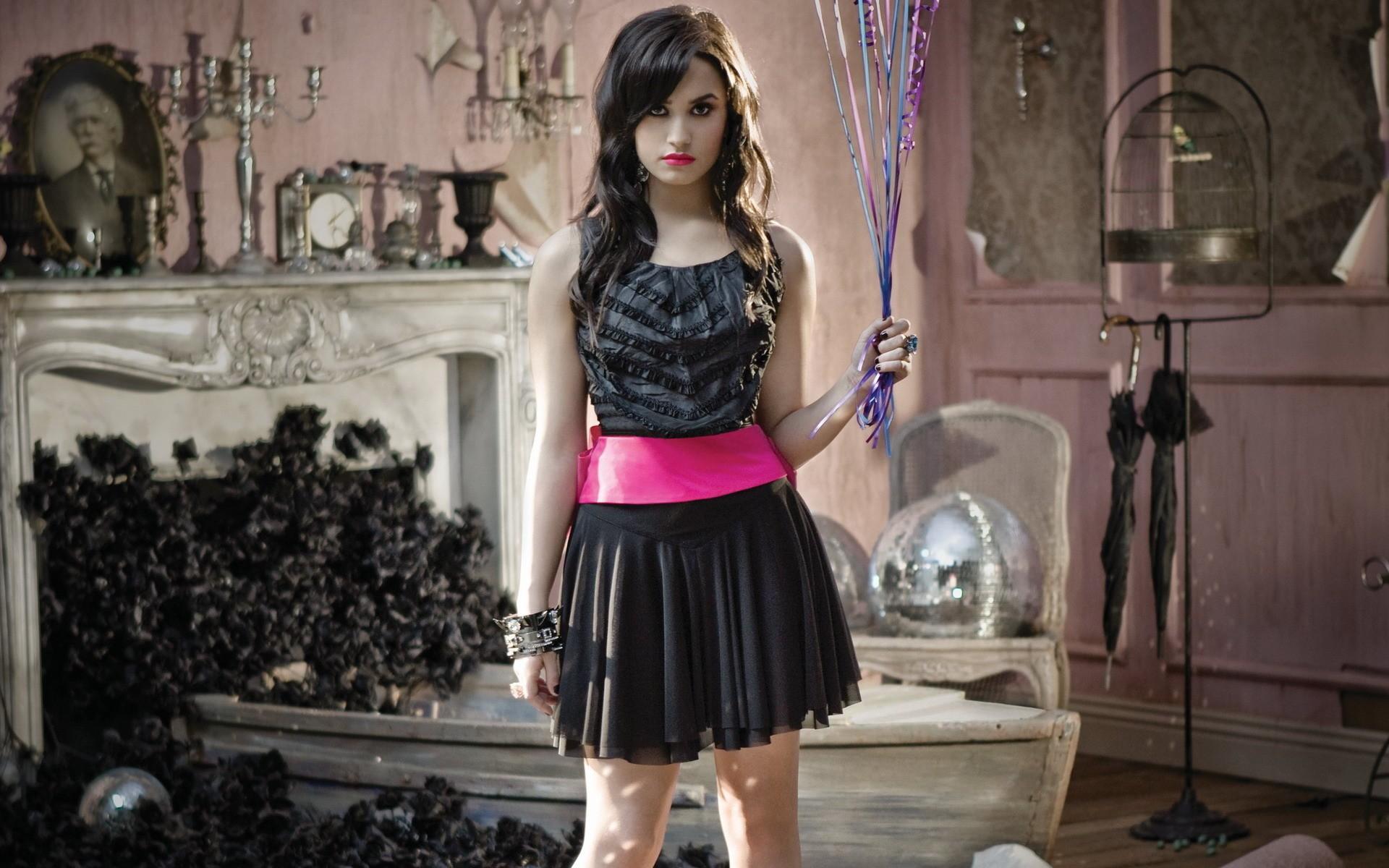 Demi Lovato fotos 2013 - 1920x1200