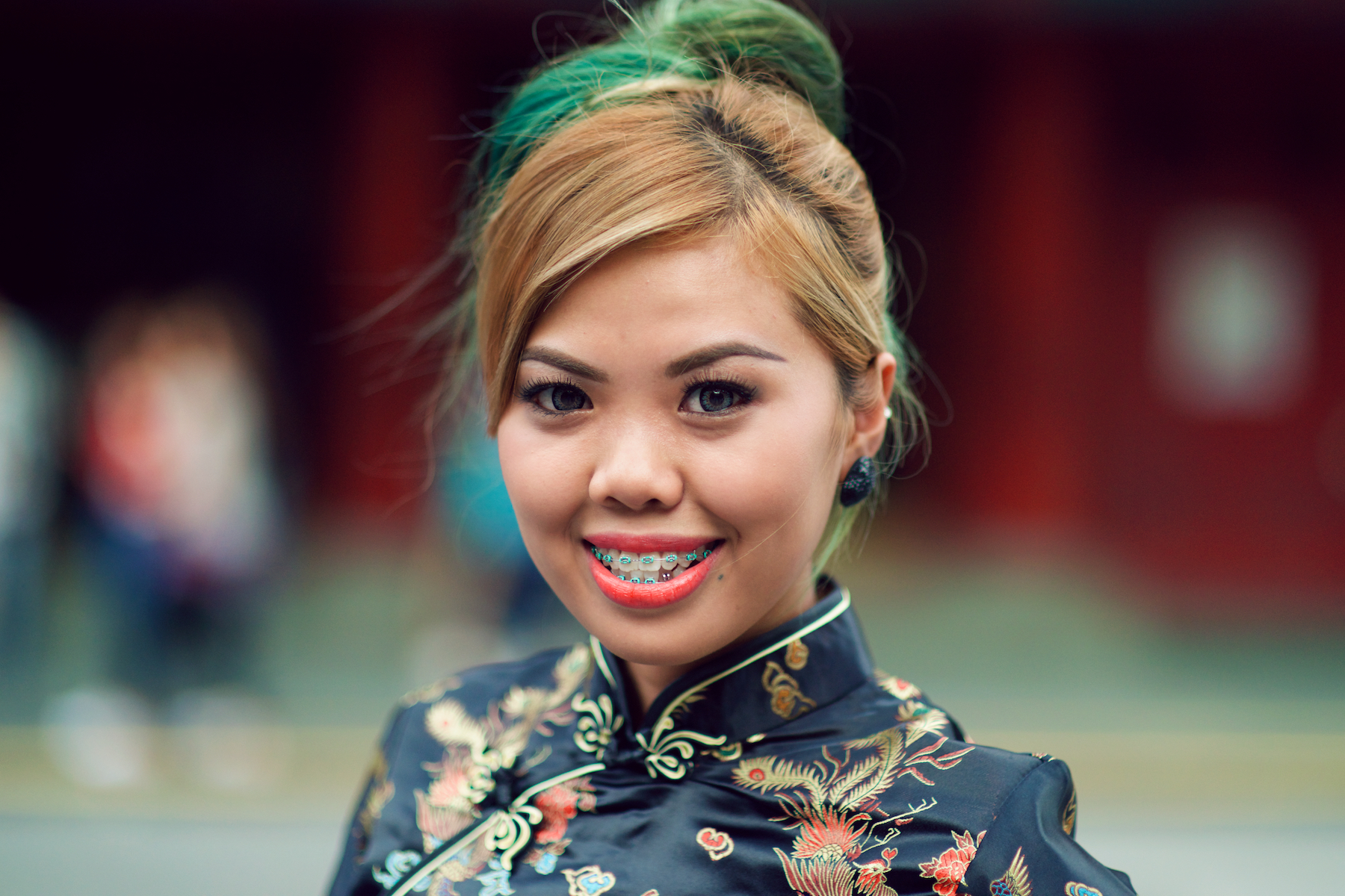 Diyana, una chica oriental - 1800x1200