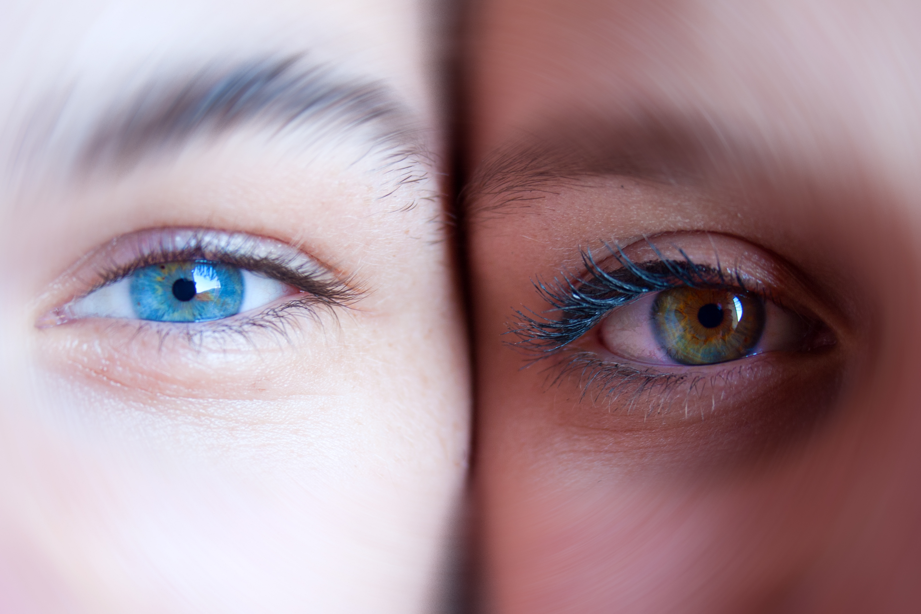 Dos ojos de colores - 3216x2144