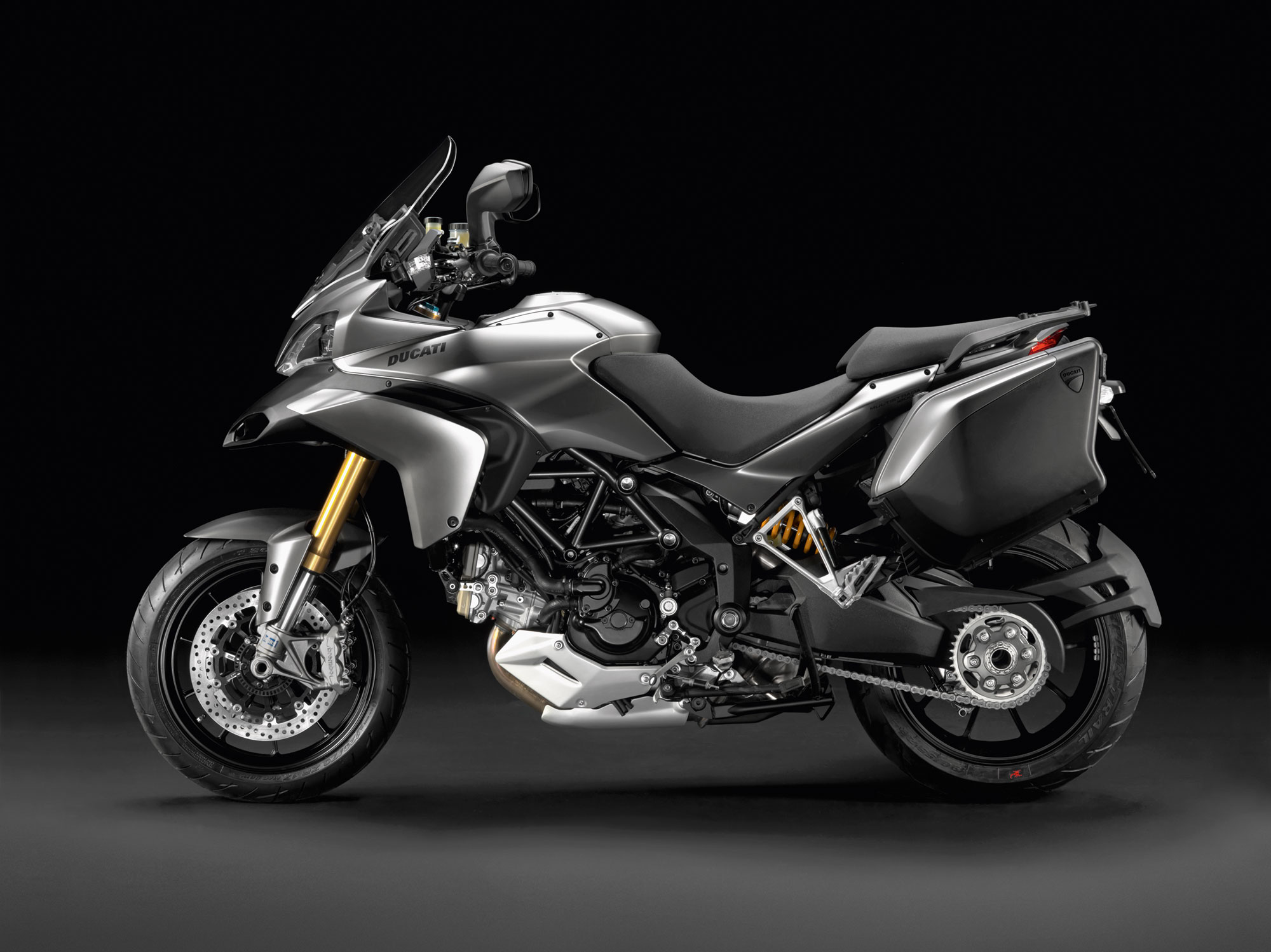 Ducati Multistrada 1200S - 2000x1498