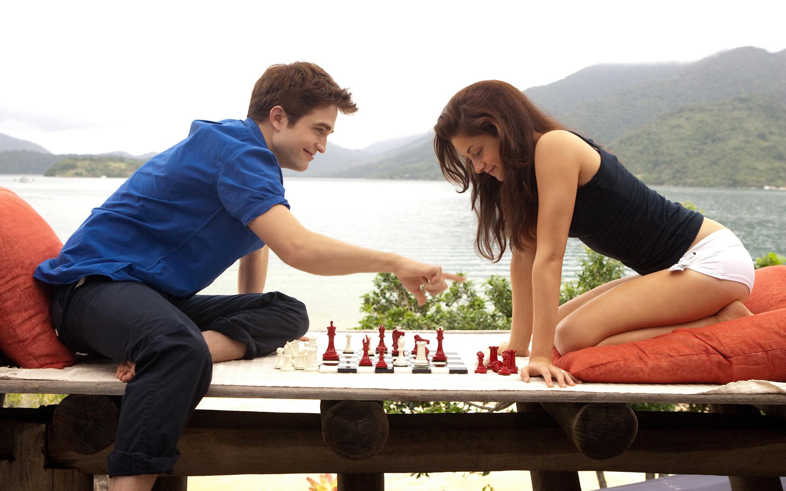 Edward Cullen y Bella Swan - 2560x1600