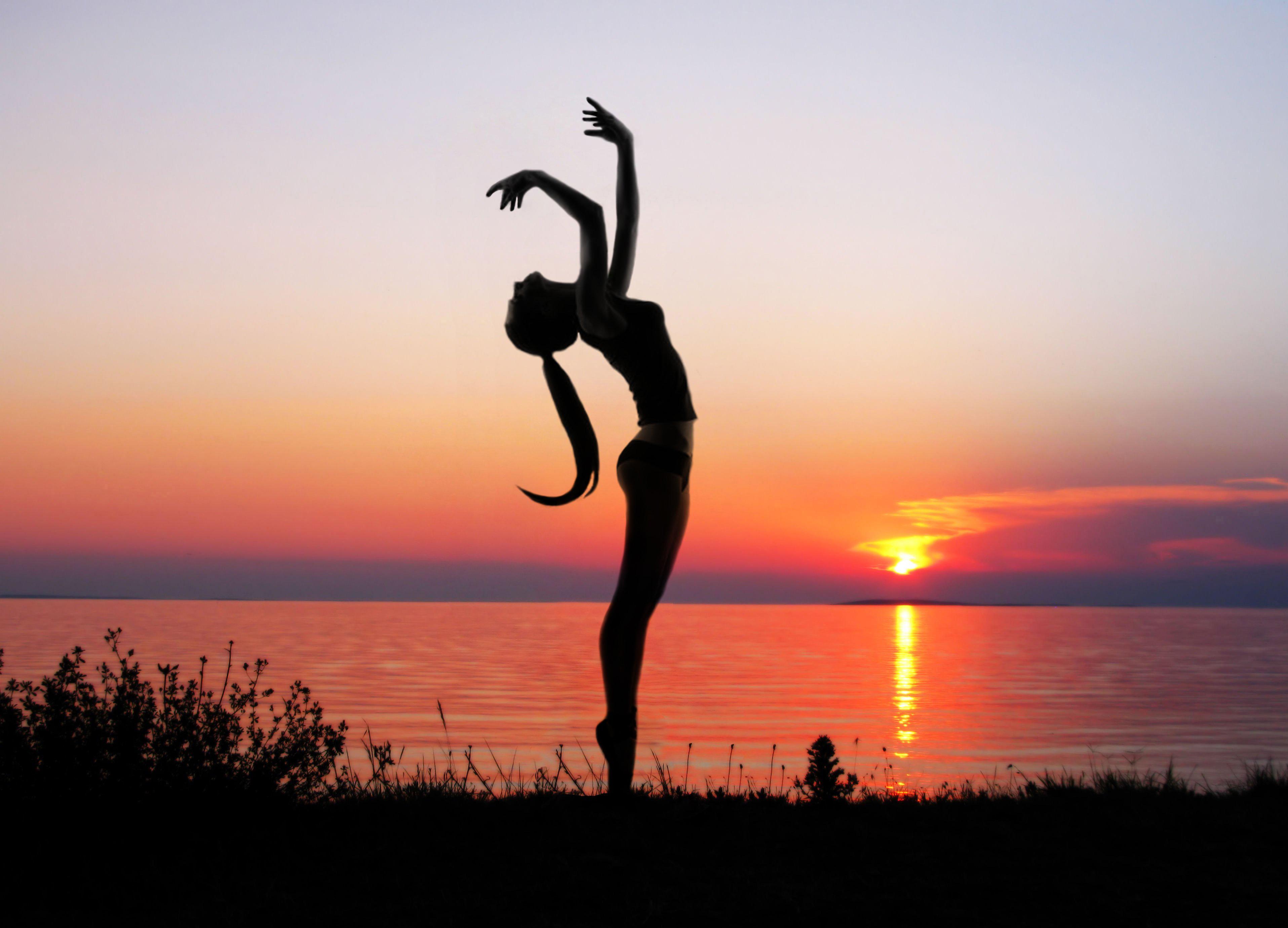 Ejercicios de Yoga - 3831x2762