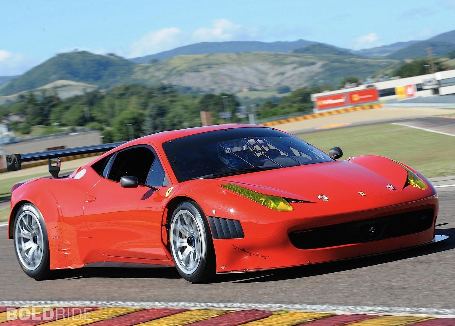Ferrari 458 Italia - 1595x1143