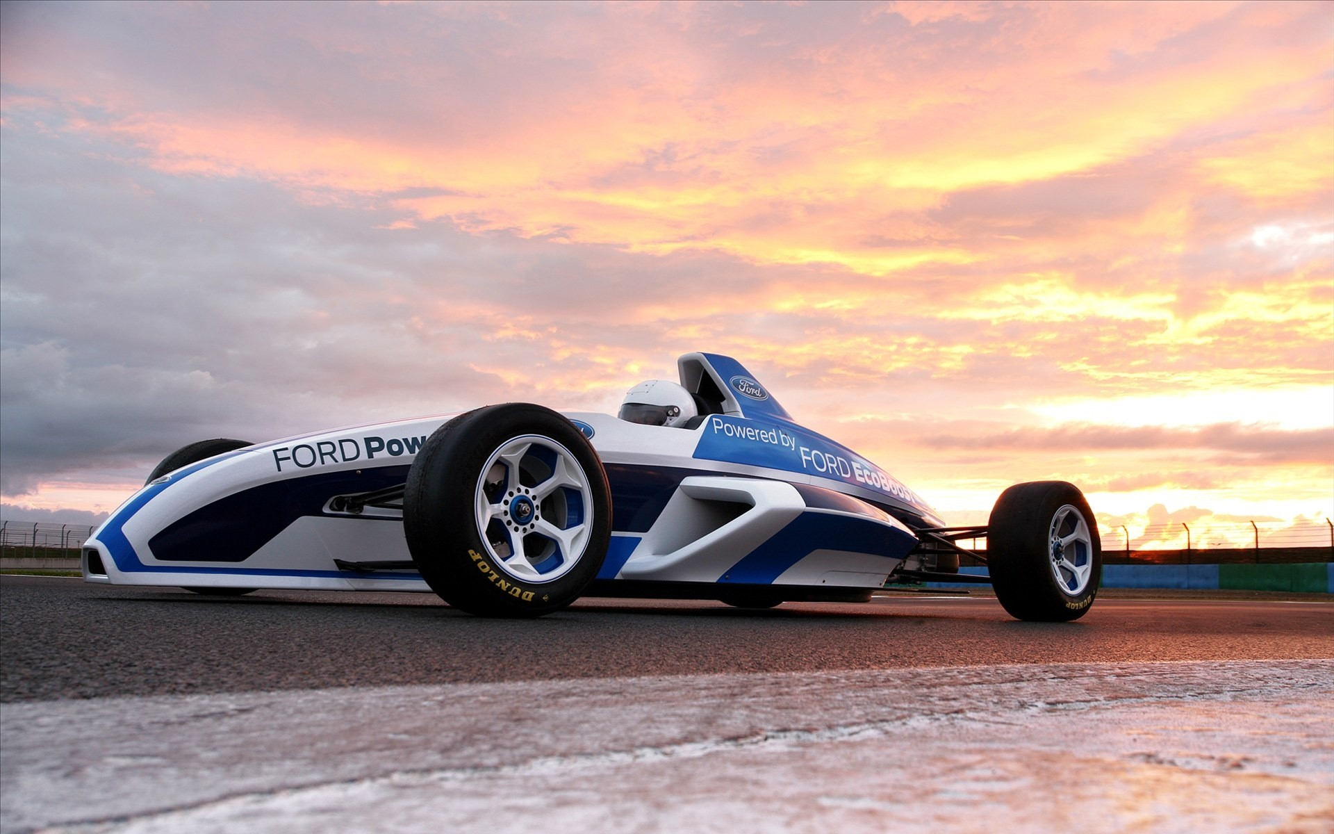 Ford Power F1 - 1920x1200