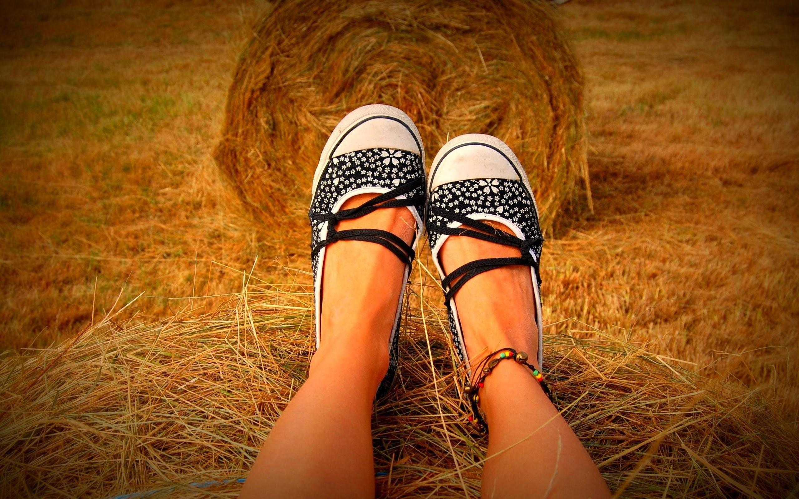 Foto de zapatillas de chicas - 2560x1600