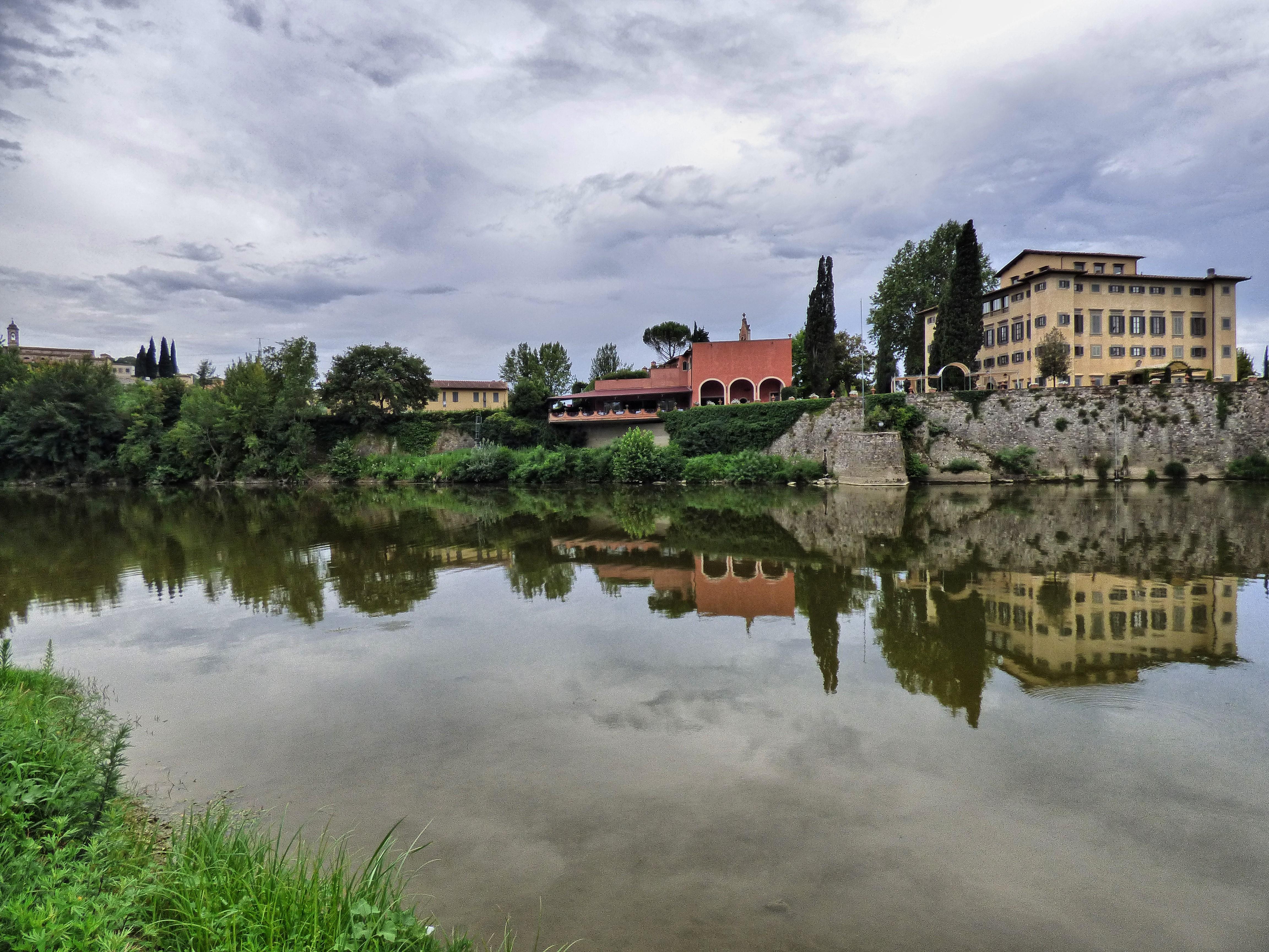 Lungarno, vista de Girone - 4608x3456