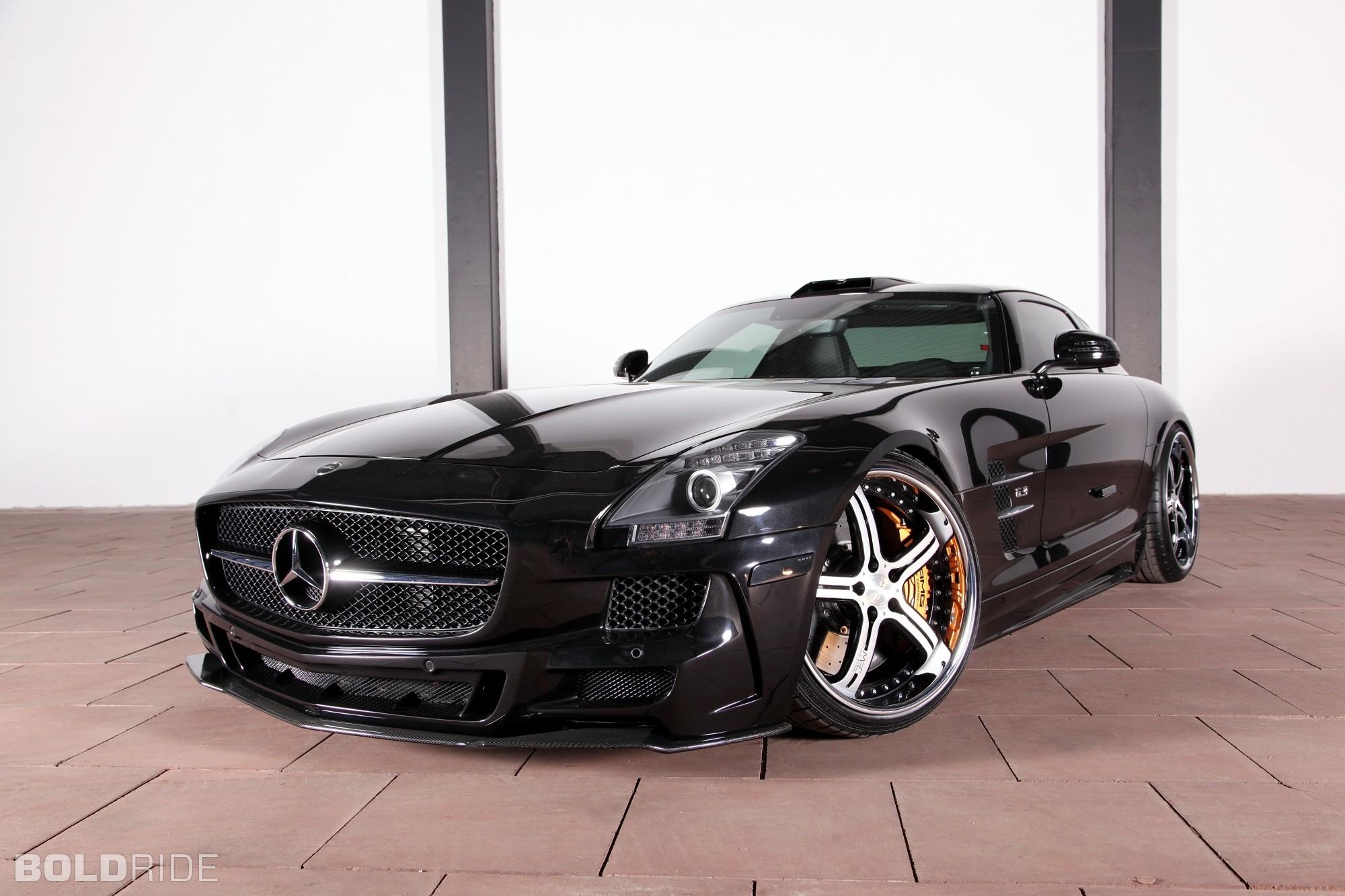 Mercedes Benz SLS AMG - 2000x1333