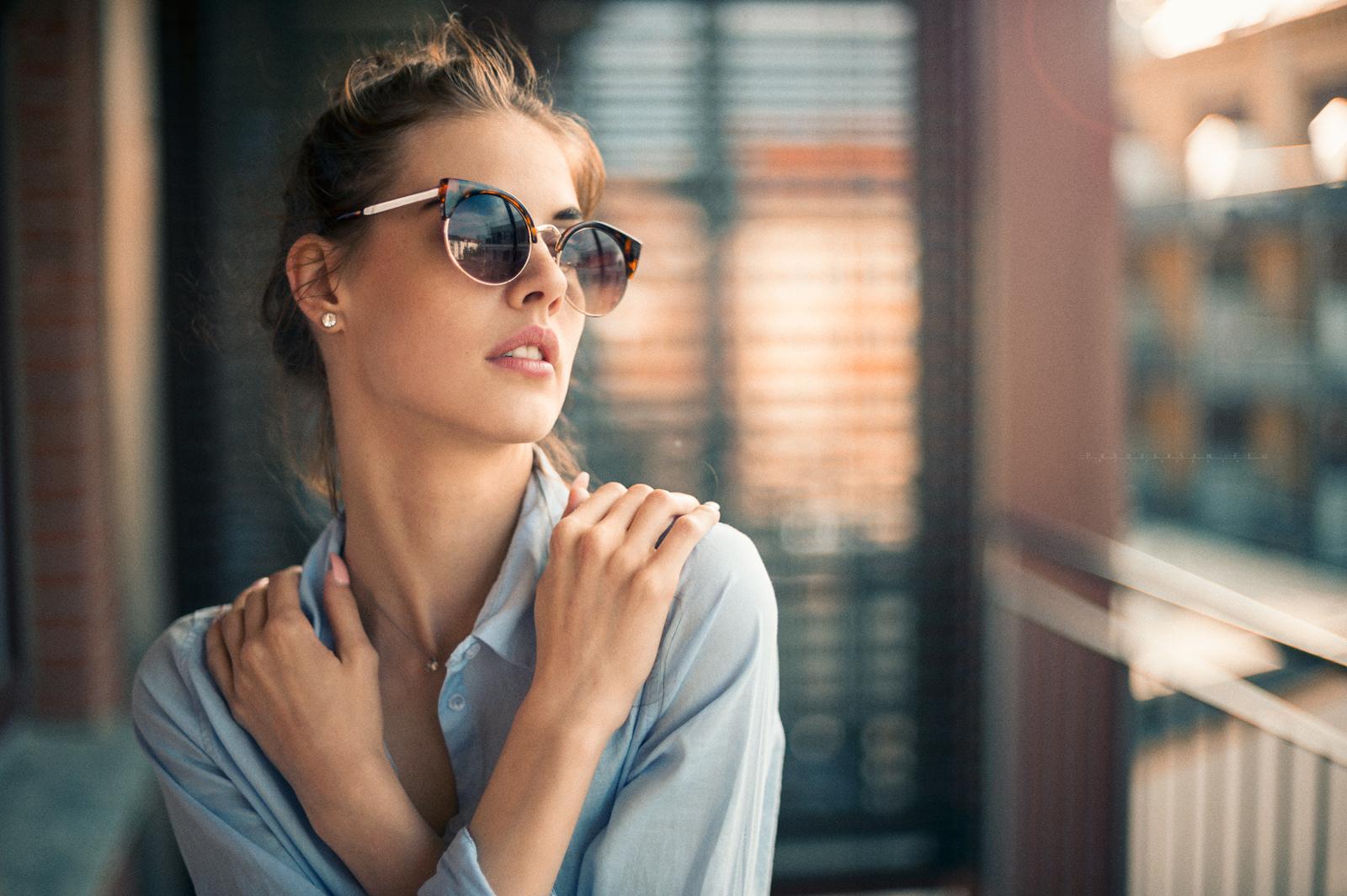 Modelo de lentes fashion - 1600x1065