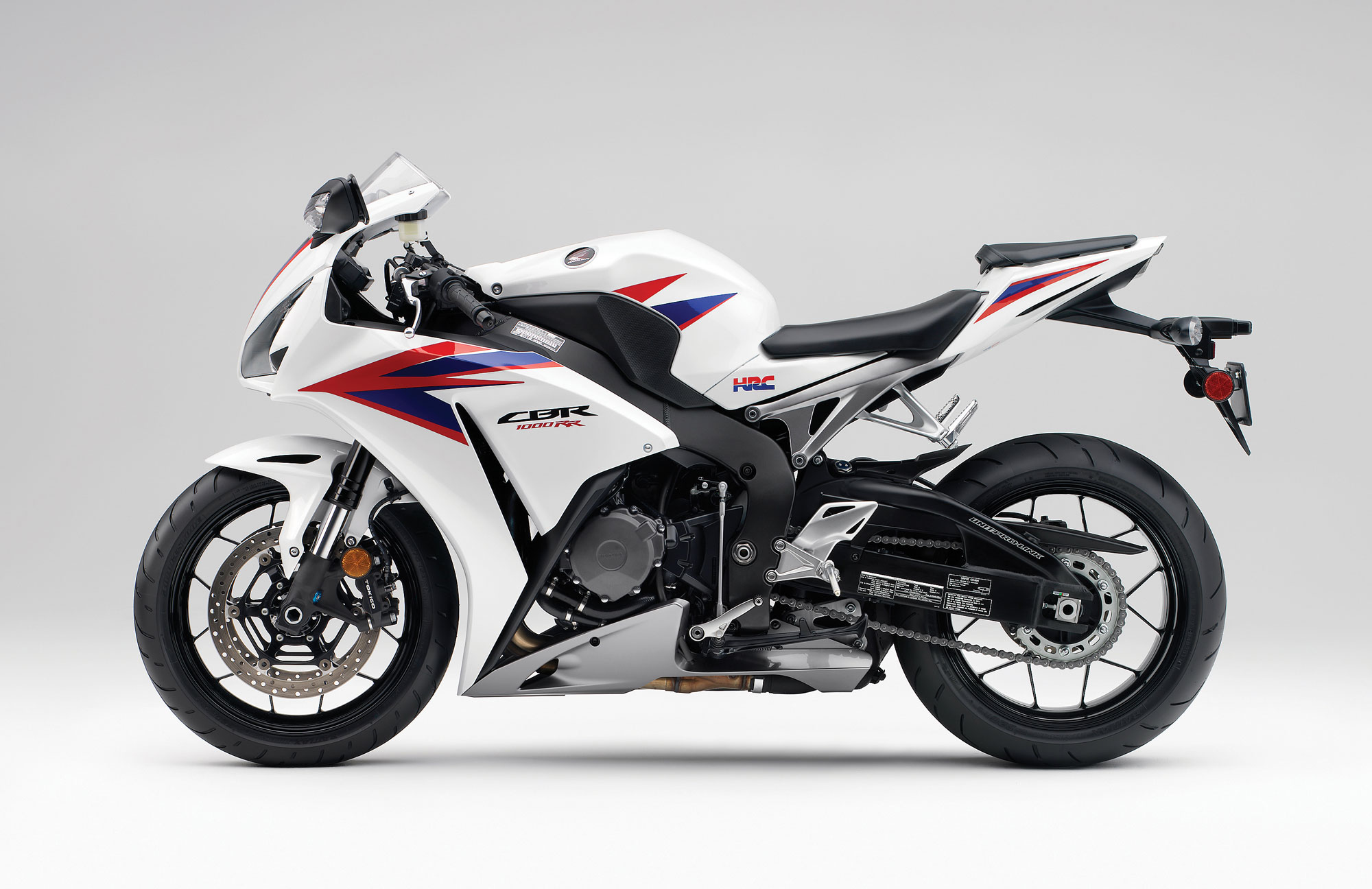 Moto Honda CBR1000RR - 2000x1296