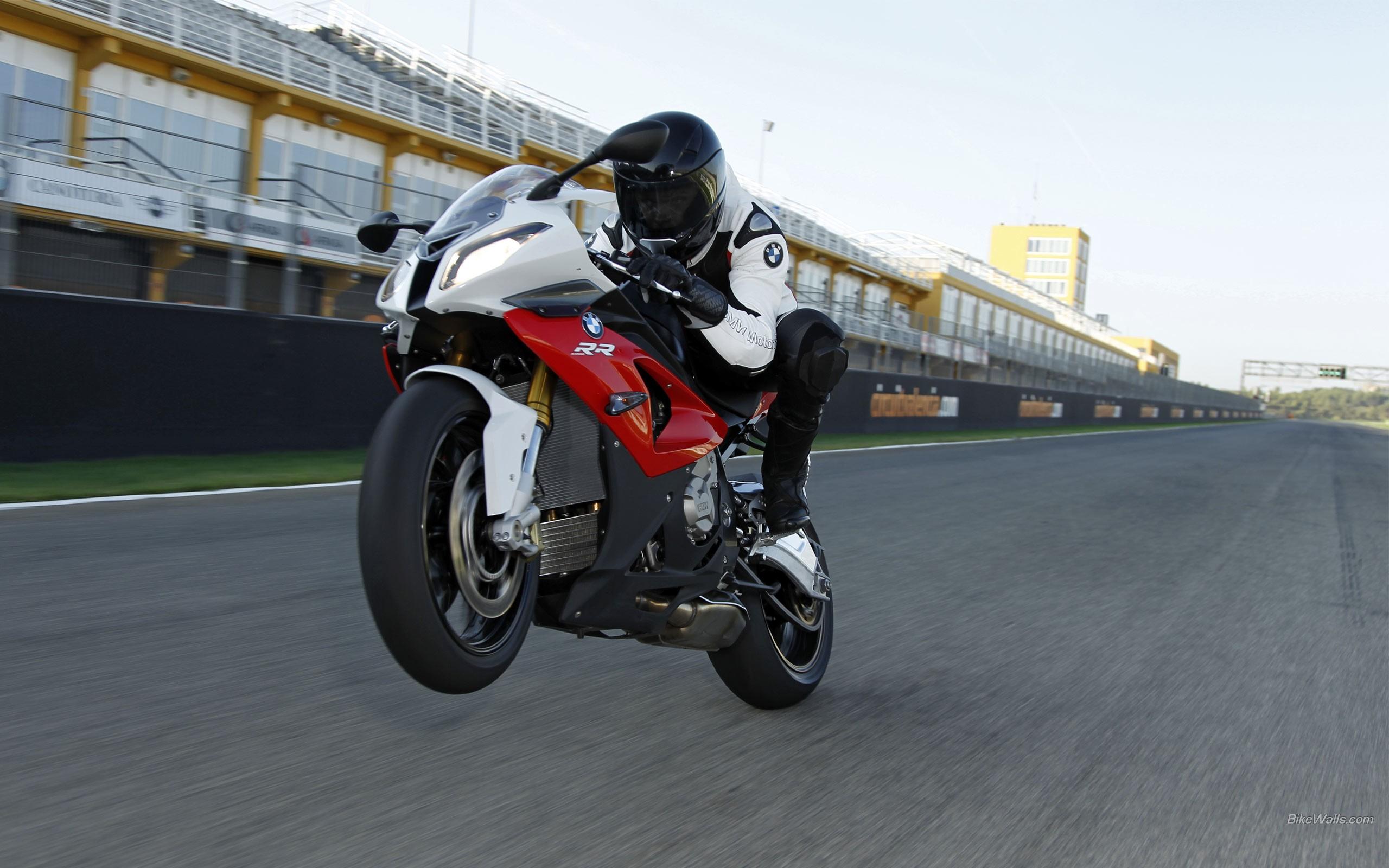 Moto Ninja BMW - 2560x1600