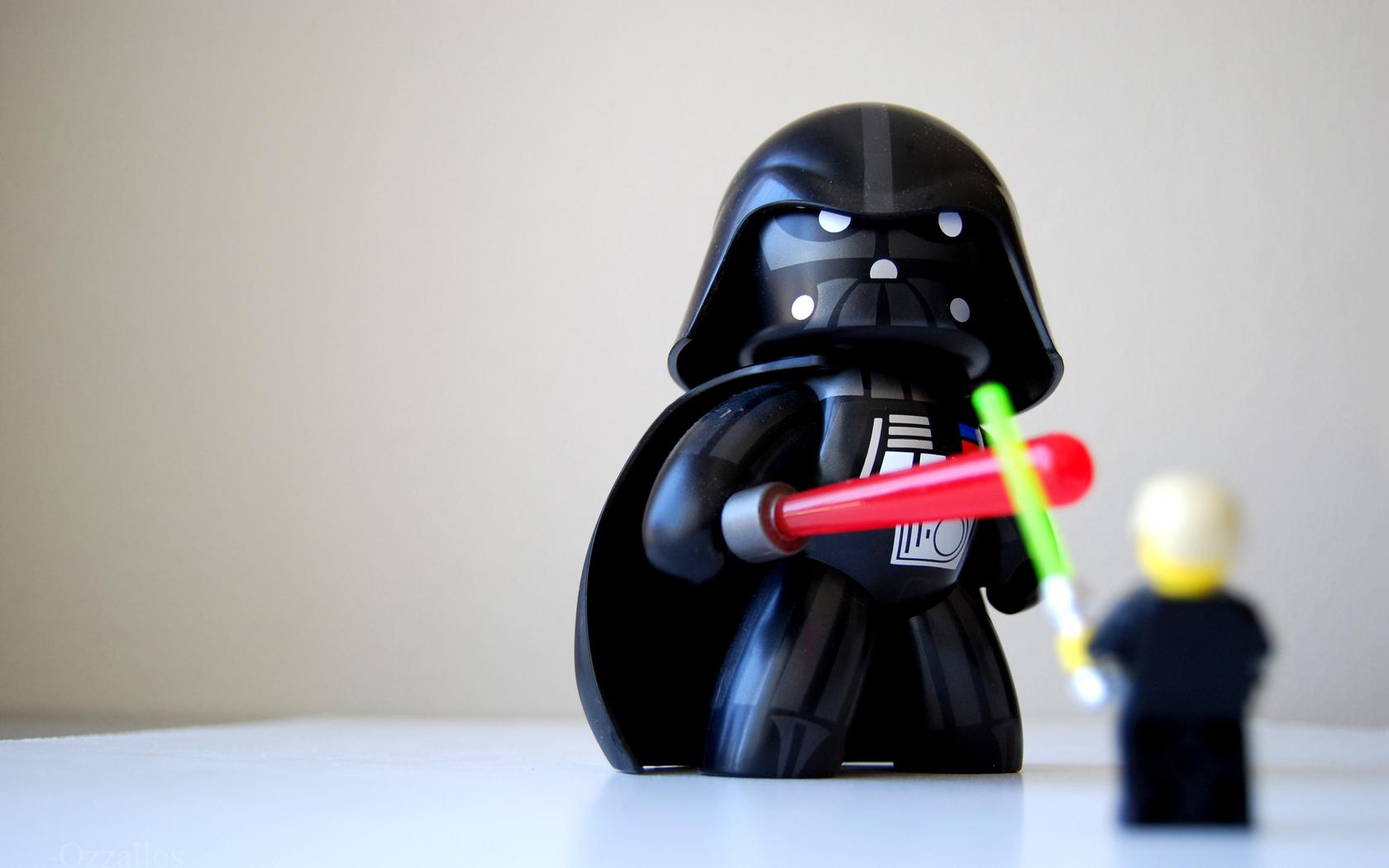 Muñeco de Darth Vader - 1680x1050