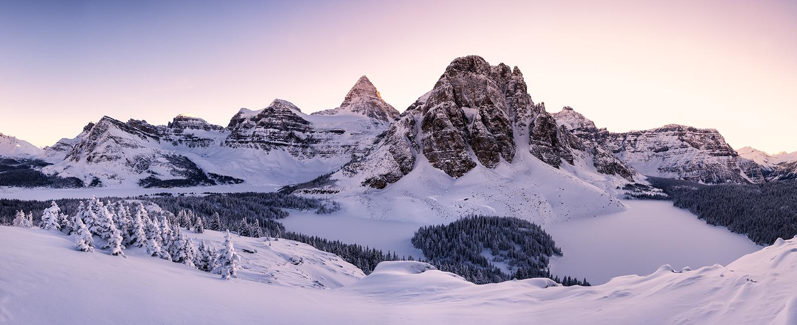 Paisajes y montañas blancas - 1600x653