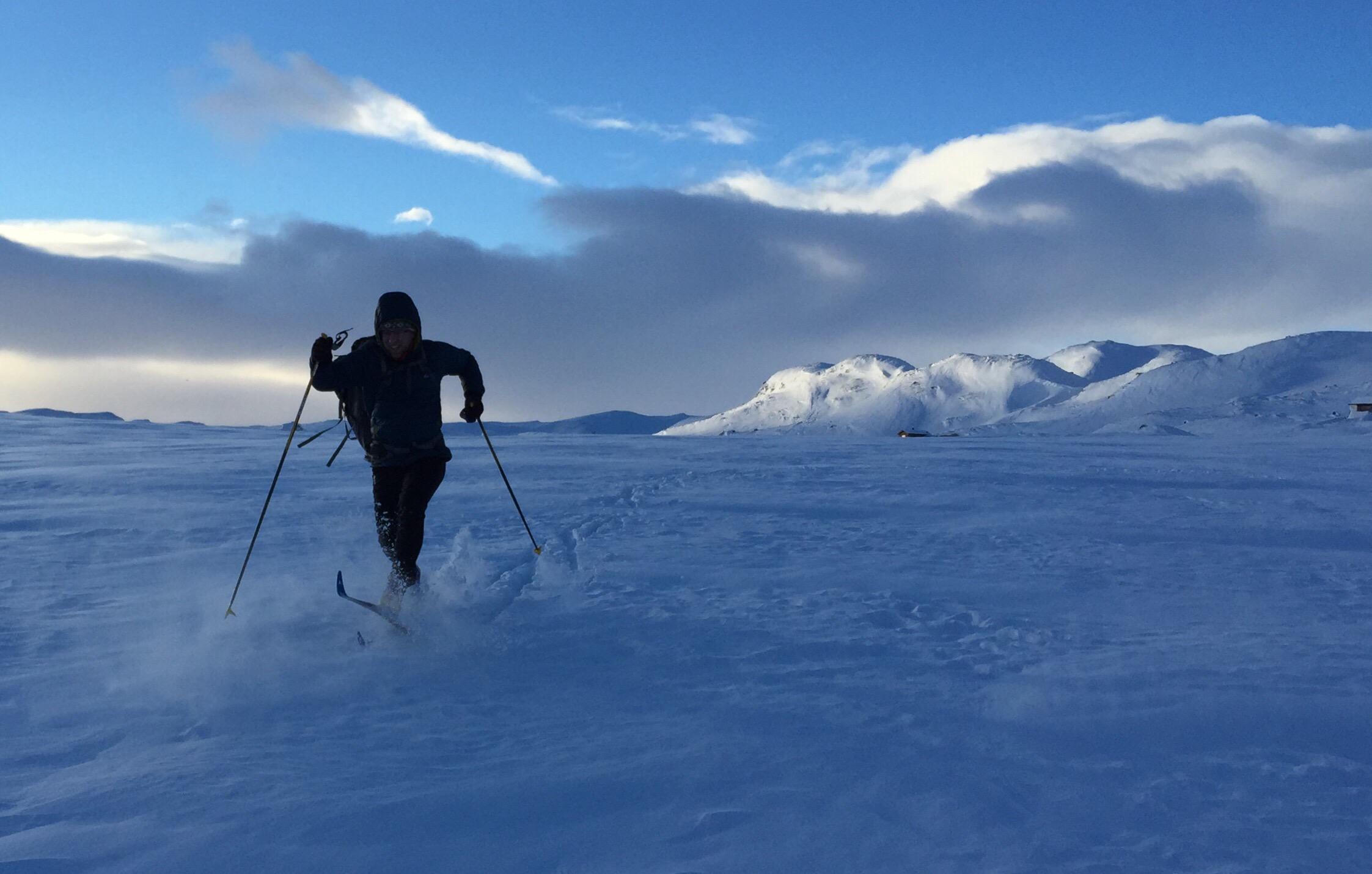 Patinando en la nieve - 2245x1430