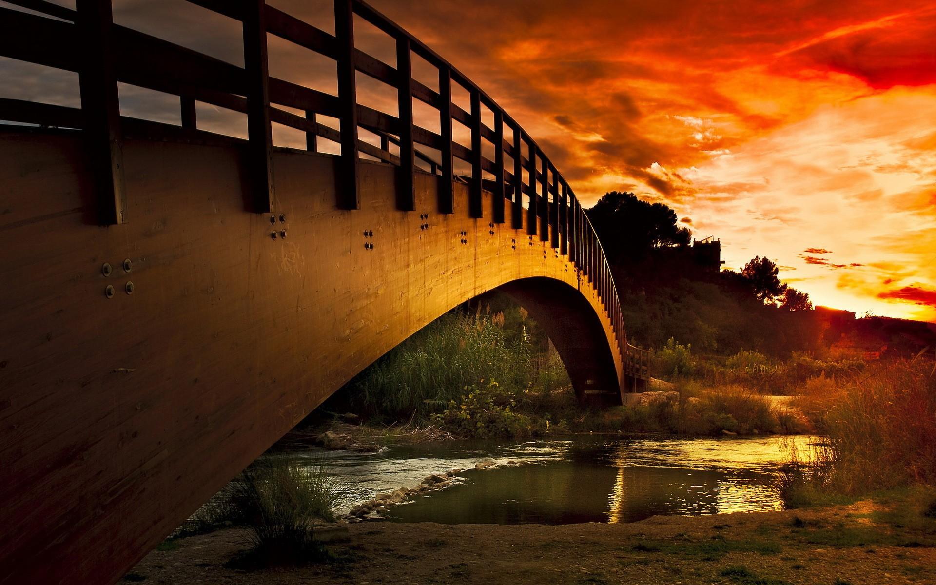 Puente al atardecer - 1920x1200