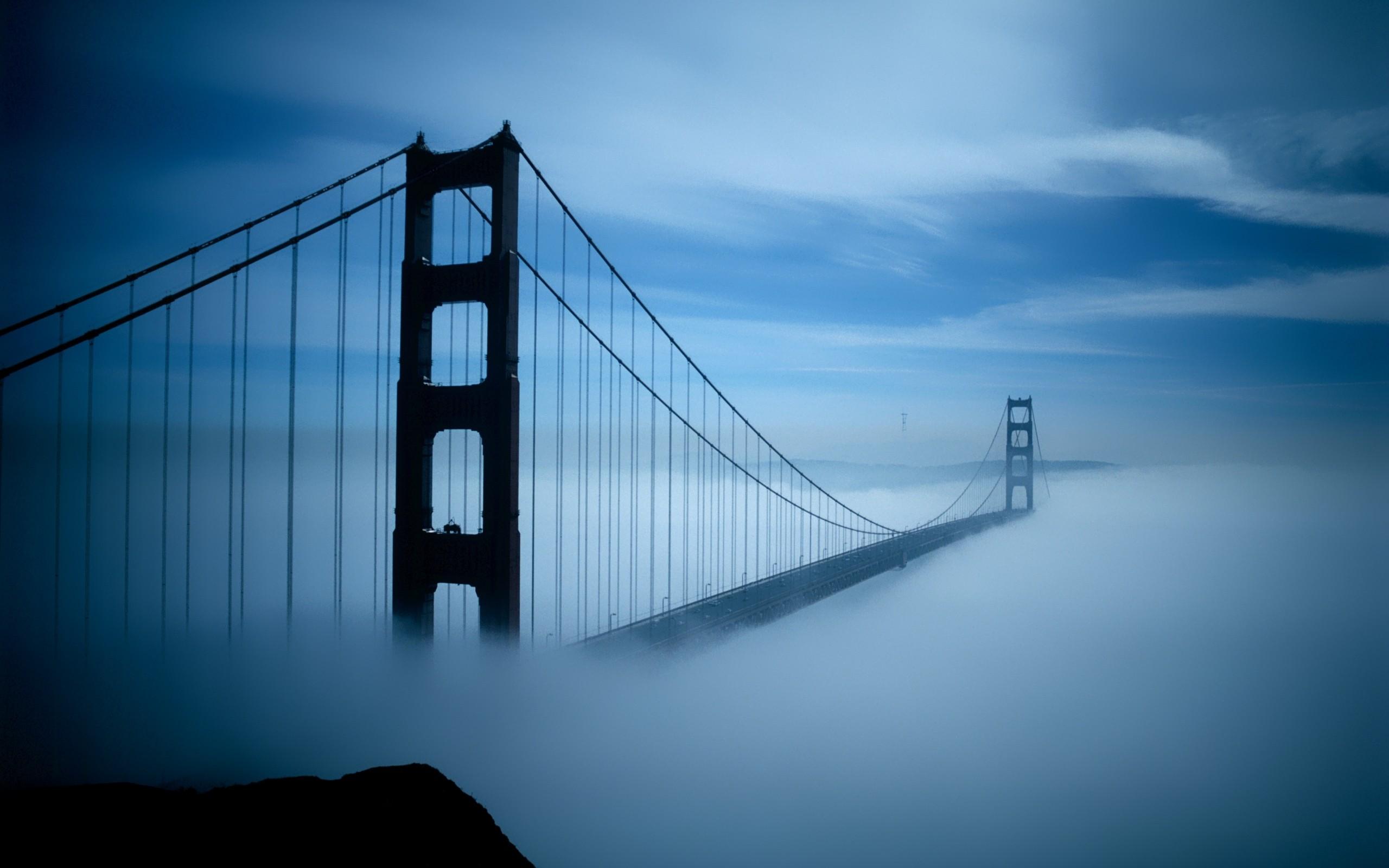 Puente sobre las nubes - 2560x1600