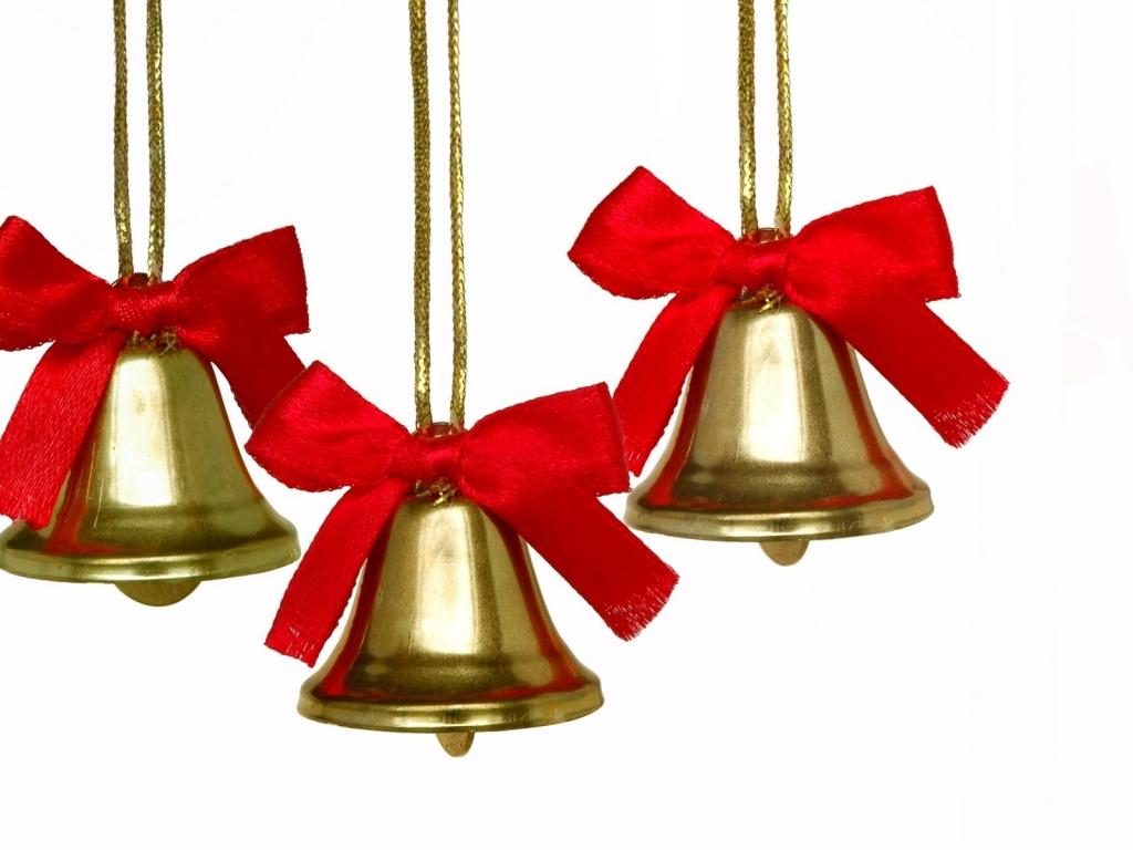 Adornos de campanas para árbol - 1024x768