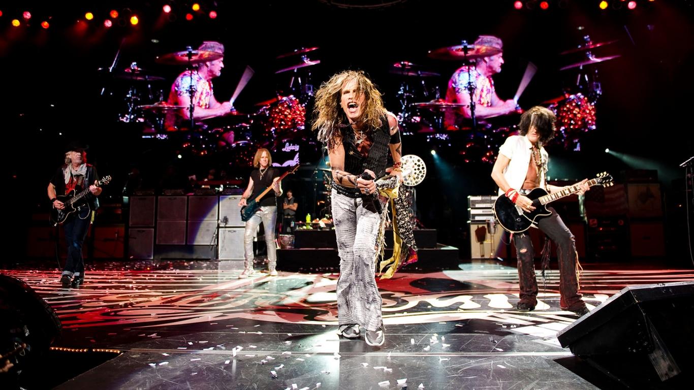 Aerosmith en concierto - 1366x768