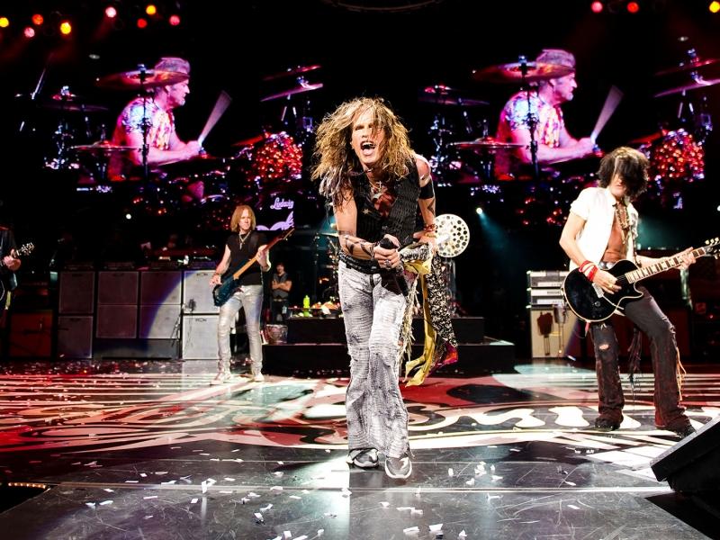 Aerosmith en concierto - 800x600