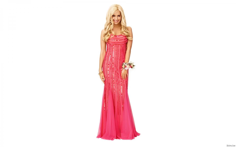 Ashley Tisdale con vestido de gala - 1440x900