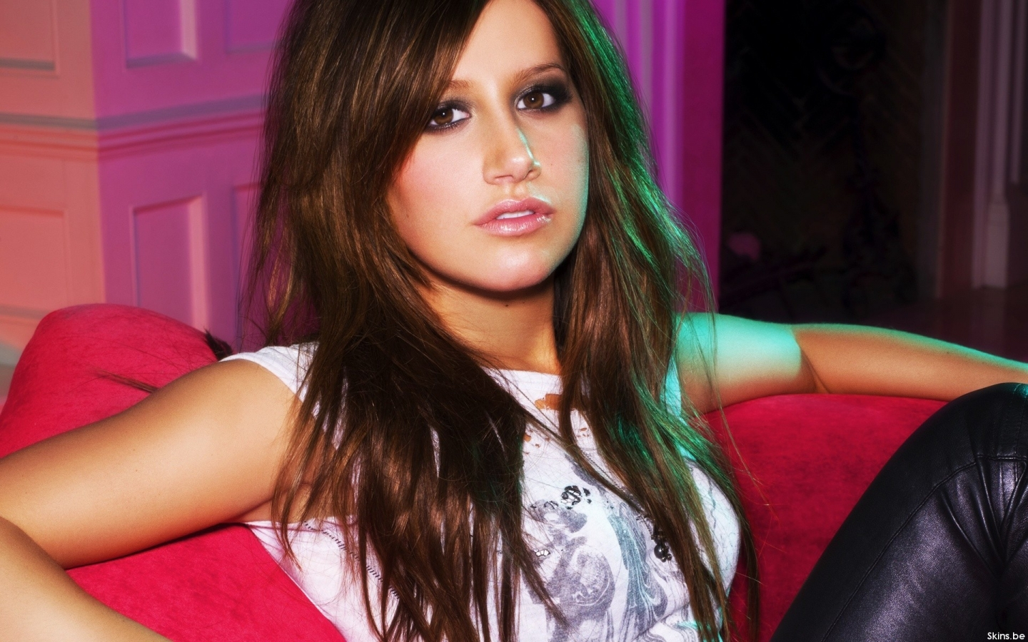 Ashley Tisdale hermosa - 1440x900